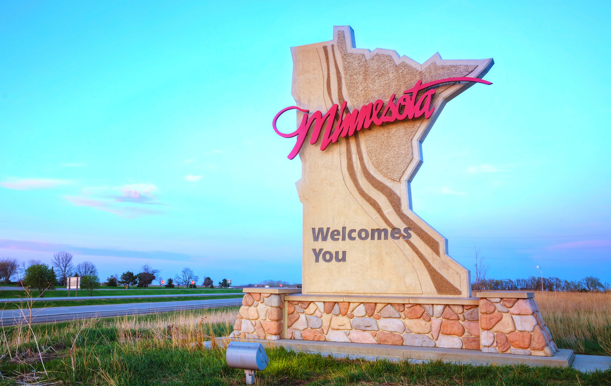 Mn Welcome Sign